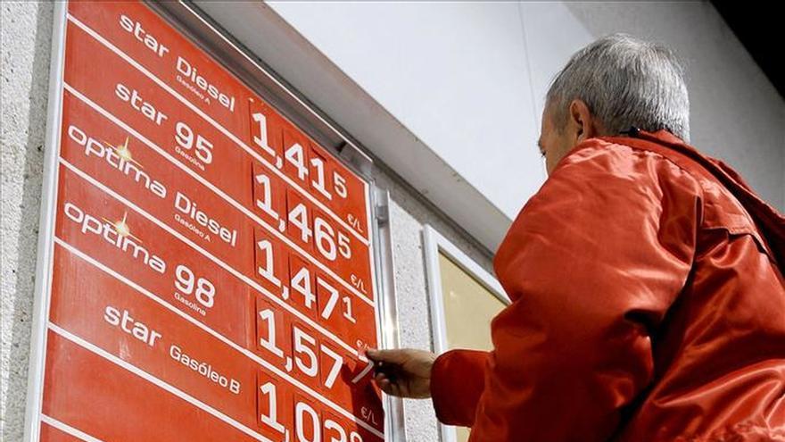 El gasóleo vuelve a mínimos tras bajar un 1,4 % en la última semana