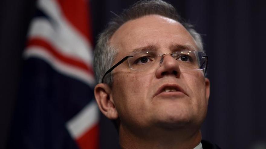 """Australia acuerda fijar en un 15 por ciento el """"impuesto a los mochileros"""""""