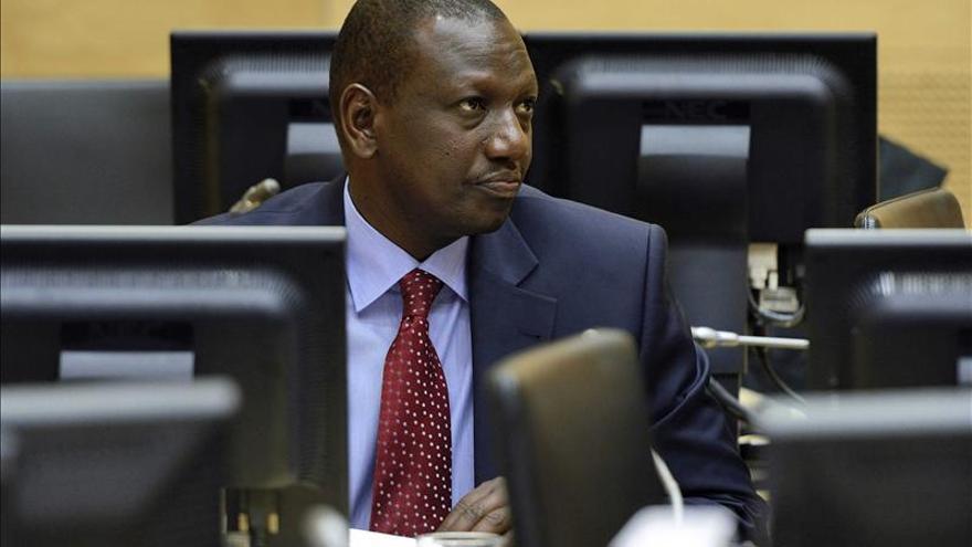 Ruto pide a la CPI que le permita cumplir con sus deberes como vicepresidente