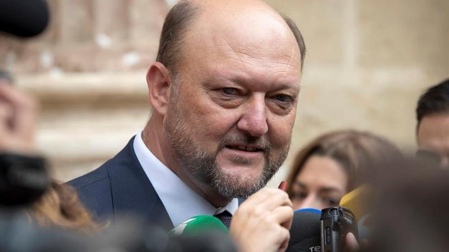 """El PSOE cree que el """"lapsus"""" de Rajoy sobre las elecciones crea incertidumbre"""