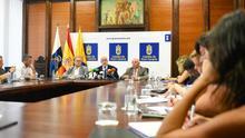 Acto en el que el presidente del Cabildo de Gran Canaria presentó las novedades sobre el bono residente canario en la isla.