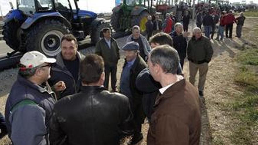El sector agrario realiza un paro general para denunciar la mayor crisis de su historia