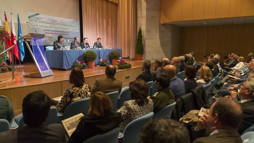 """Revilla cree que proteger la naturaleza es """"el gran reto de la Humanidad"""" y Ruiz pide más implicación social"""