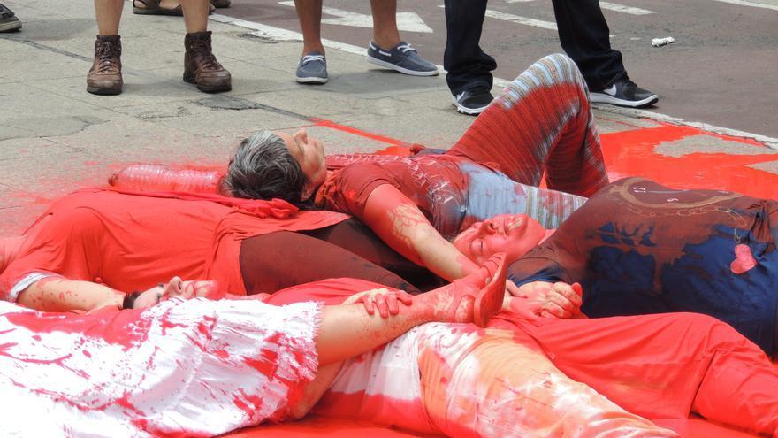 Acción de Alternativa Antimilitarista en Las Palmas de Gran Canaria