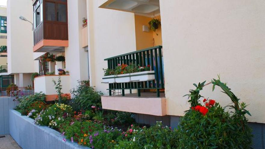 En la imagen, bloques de la urbanización Benahoare. Foto: LUZ RODRÍGUEZ