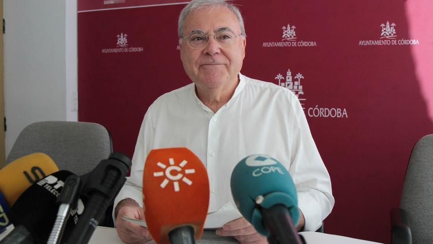 El Ayuntamiento defenderá en los tribunales el acuerdo para cambiar el nombre de la Plaza de Cañero
