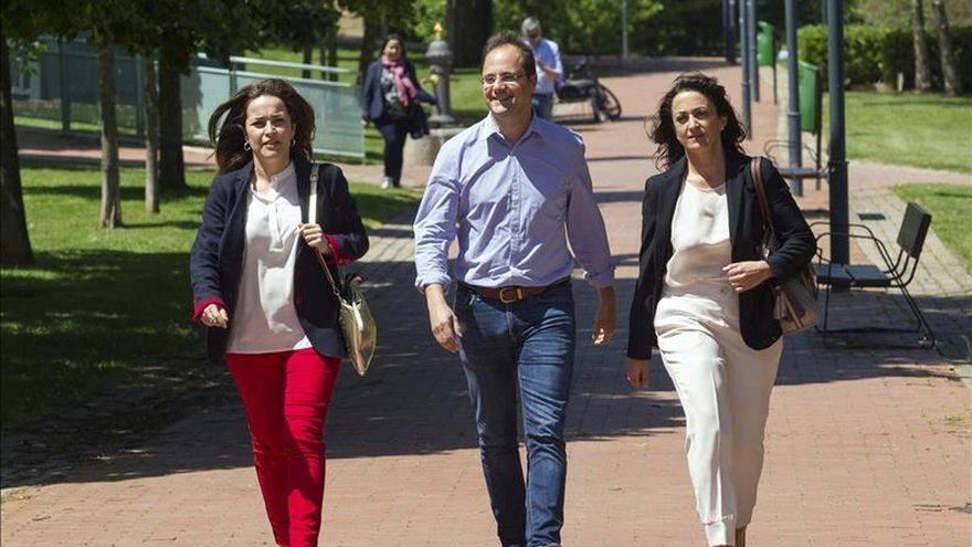 """Luena recalca que el PSOE es """"la única alternativa y el cambio seguro"""""""