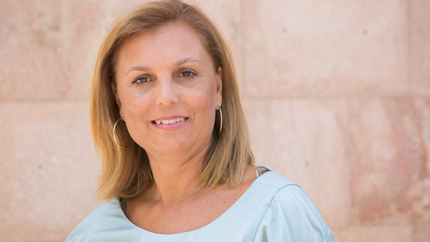 Elena Pais, concejal de Servicios Sociales del Ayuntamiento de Los Llanos de Aridane.
