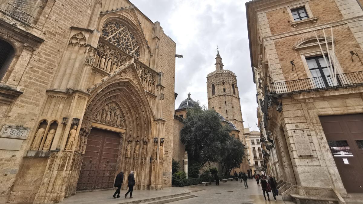 La Catedral de València con el 'Micalet' al fondo / Jesús Císcar.