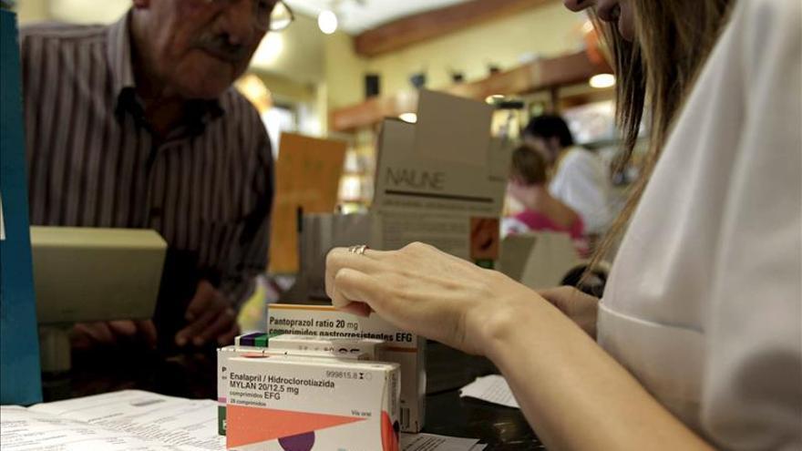 Las farmacias catalanas cobran sólo 213 de los más de 330 millones pendientes