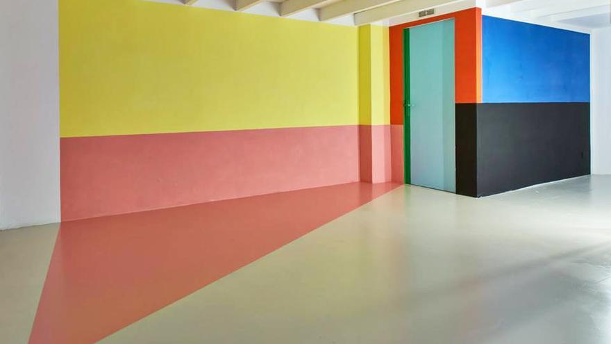 Luis Palmero, Geometría para encontrarse (2017), acrílico sobre pared