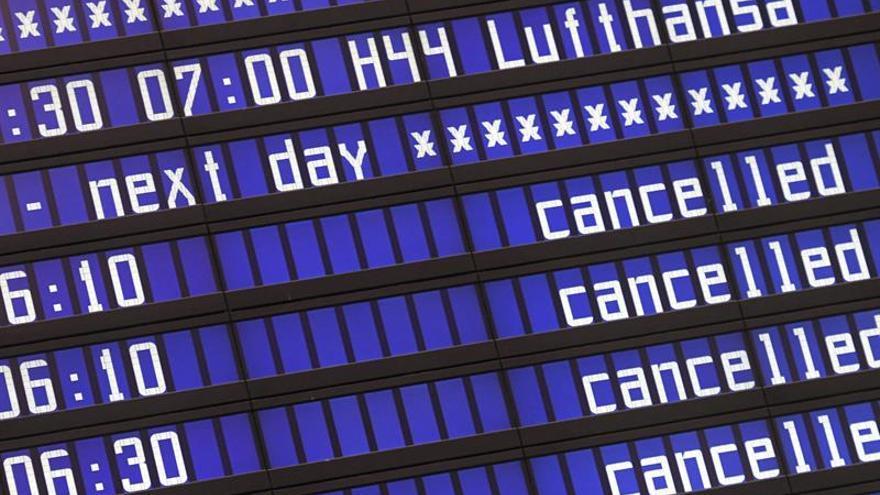 Continúa la huelga de pilotos de Lufthansa con 900 vuelos cancelados