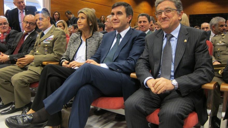 """Millo reclama a Puigdemont """"diálogo o diálogo"""" con respeto a la Constitución"""