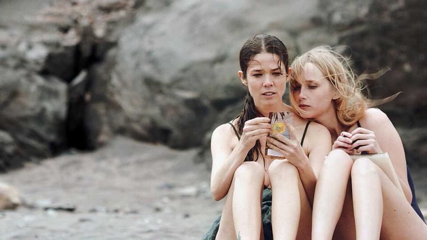 Juana Acosta e Ingrid García Jonsson, protagonistas en la película 'Acantilado'
