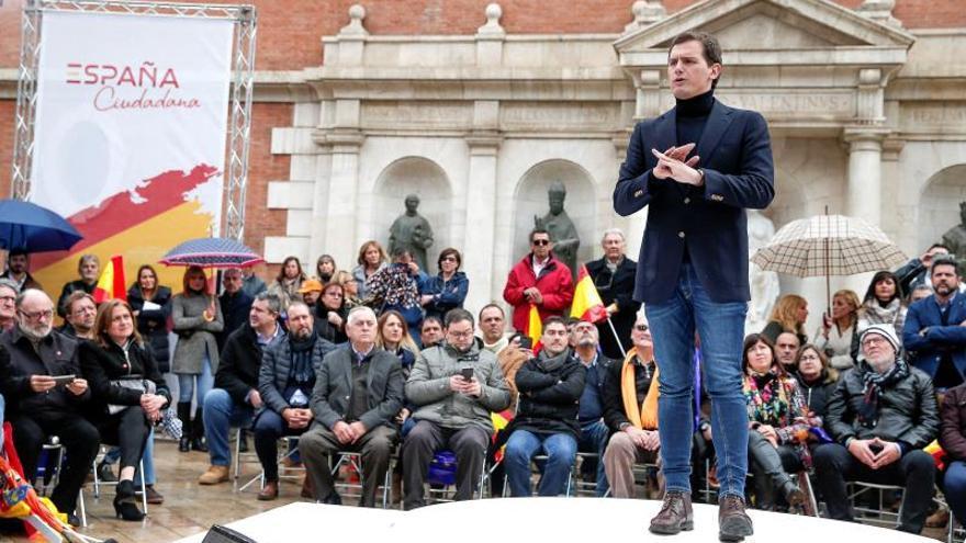 Rivera: Cada minuto que pasa Sánchez en la Moncloa, los españoles le conocen