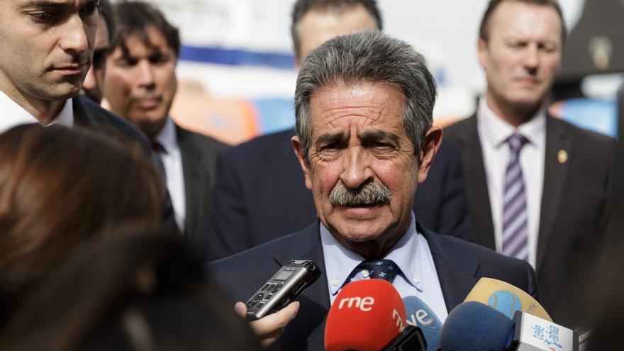 """Revilla cree que hoy es un """"día amargo"""" para las personas que el 26 de junio votaron al PSOE"""