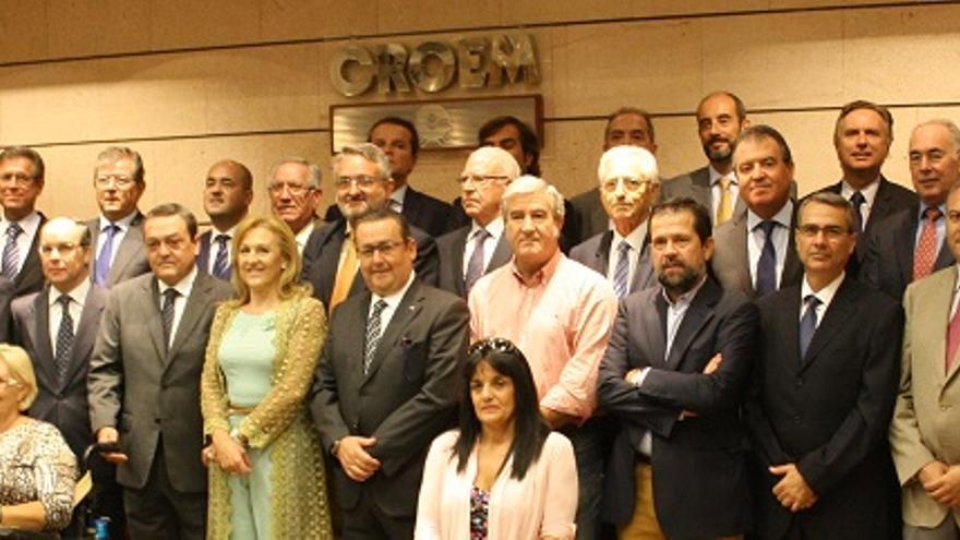 Colectivos empresariales, profesionales y económicos tras la firma del manifiesto / CROEM
