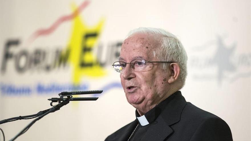 """Denunciarán al cardenal Cañizares por sus palabras sobre el """"imperio gay"""""""