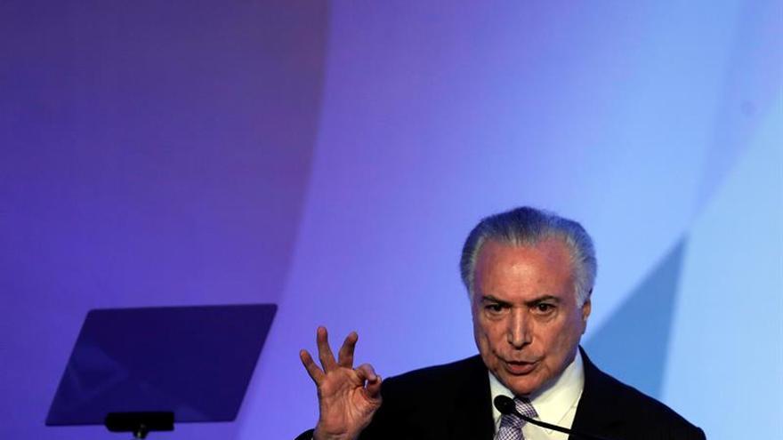 Temer dice que Brasil está dividido y debe unirse después de las elecciones