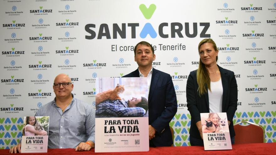 Presentación de la campaña, este viernes, en el Ayuntamiento de Santa Cruz