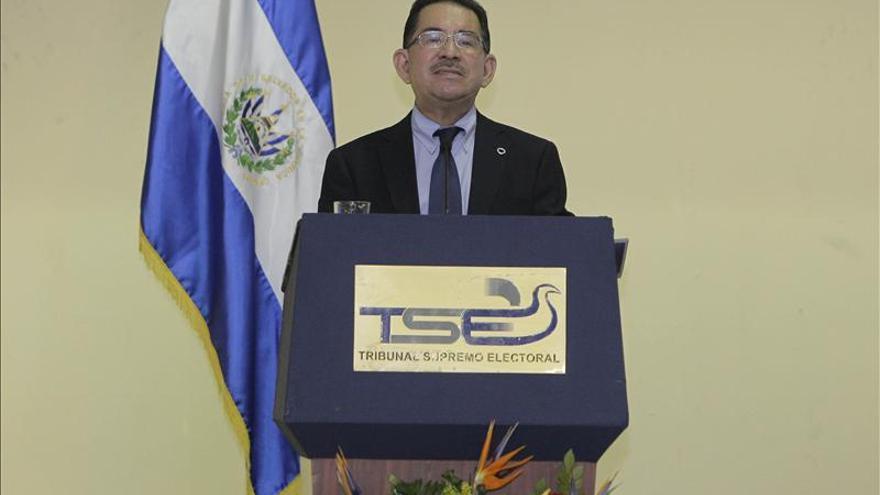 Se intensifica la campaña electoral salvadoreña con la cerrada pugna FMLN-ARENA