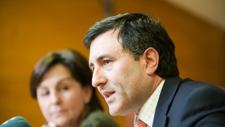 Francisco Mañanes, en una imagen de archivo en el Parlamento.   JOAQUÍN GÓMEZ SASTRE