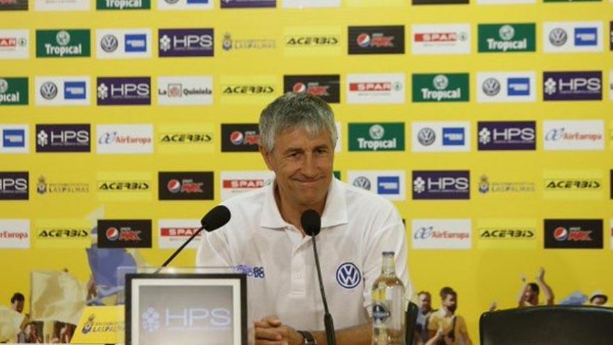 El entrenador de la UD Las Palmas, Quique Setién, en la rueda de prensa previa al partido frente al Granada C.F.