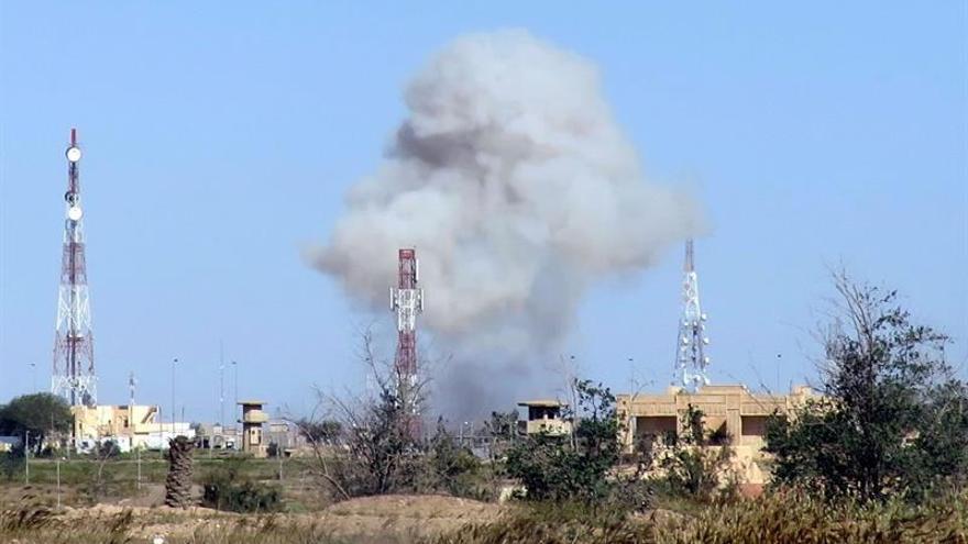 Muere un muftí del EI y dos de sus asistentes en un bombardeo al sur de Mosul