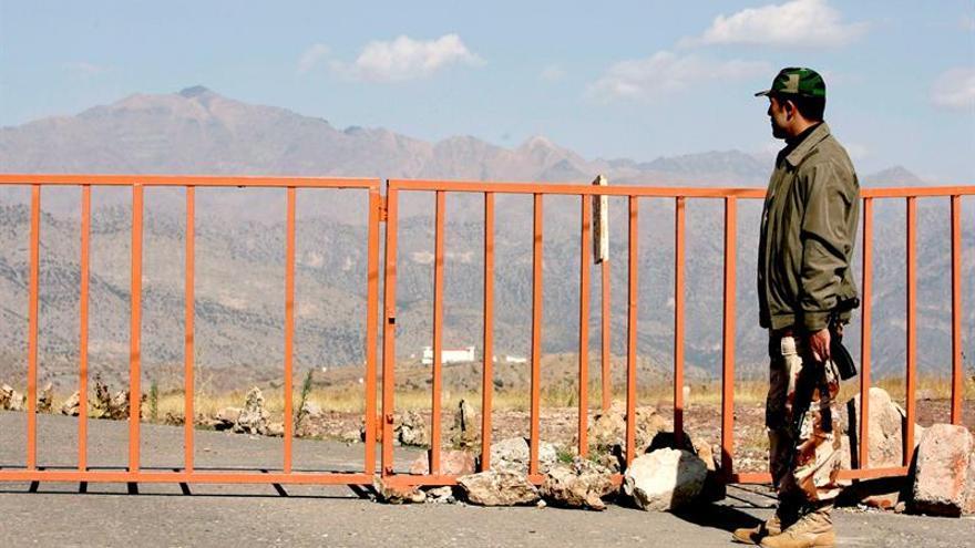 Fuerzas kurdas repelen un ataque del EI y matan a 19 yihadistas en el este de Siria