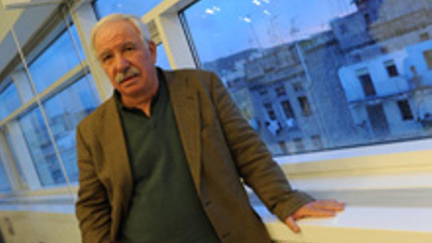 El catedrático Julio Carabaña.