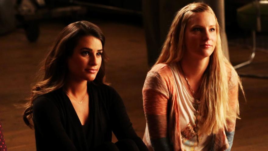 Lea Michele y Heather Morris, en 'Glee'
