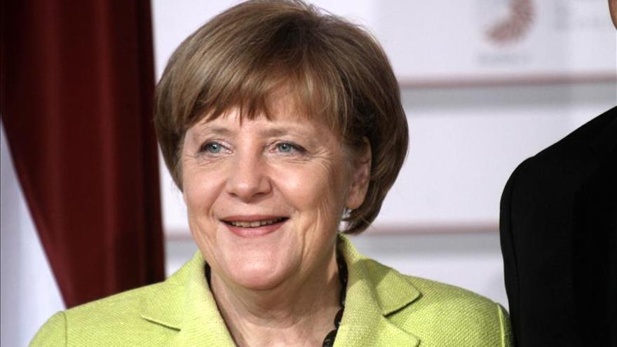 """Merkel confía en que las protestas contra G7 sean """"estrictamente pacíficas"""""""