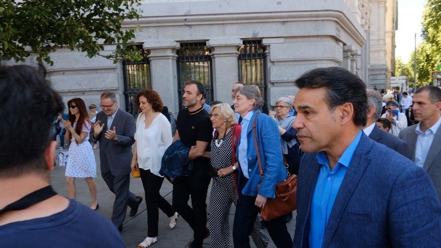La concejala de Más Madrid Marta Higueras acompaña a Manuela Carmena este sábado en Madrid
