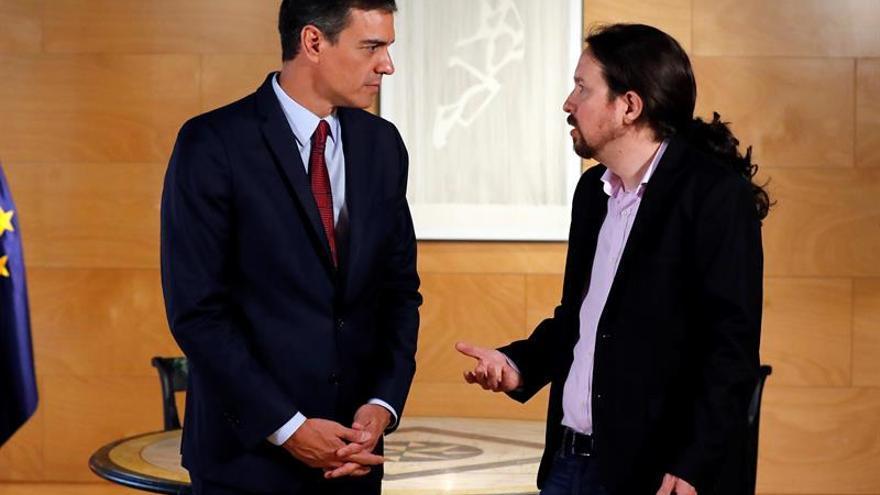 PSOE y Podemos se instan a retomar el diálogo sin moverse de sus posiciones