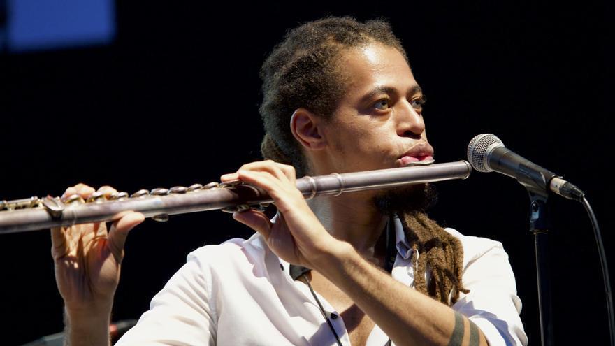 El saxofonista y flautista Erwin Hall incorporado a última hora