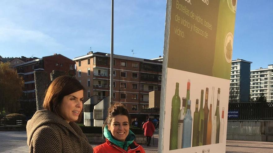 La campaña 'Pedaleando a favor del medio ambiente' concienciará a los vecinos de Barakaldo sobre el reciclaje de vidrio