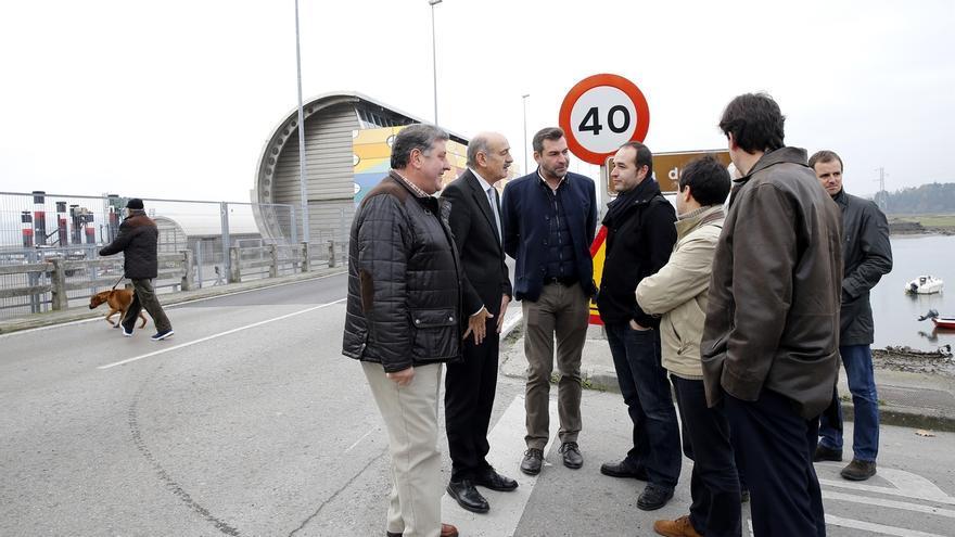 """Mazón destaca el """"compromiso cumplido"""" del Gobierno con la mejora de la 'carretera de los puentes'"""