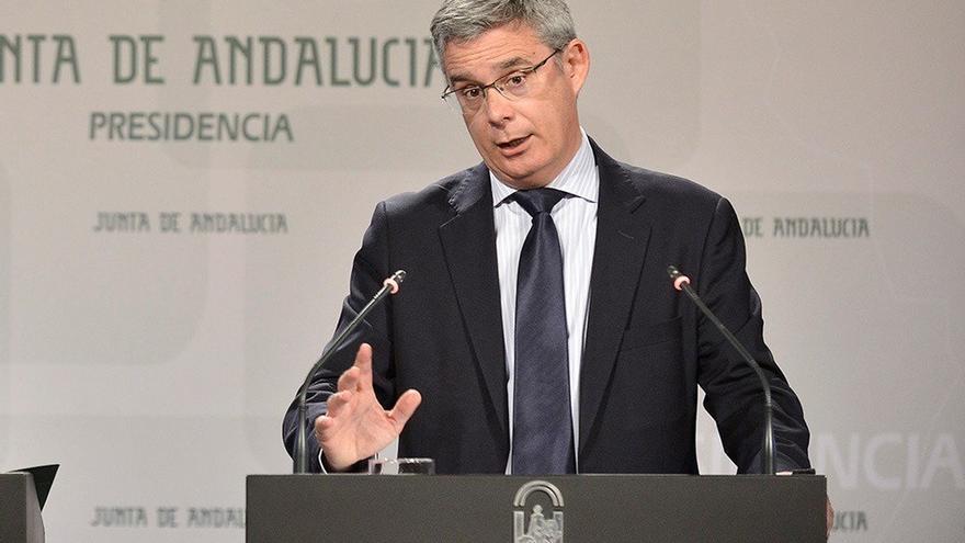 """La Junta espera que Rajoy se comprometa con Susana Díaz a desbloquear la financiación """"sin esperar un minuto más"""""""
