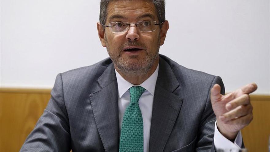 """Catalá ve """"grave"""" que CDC insinúe intromisiones en la actuación de los jueces"""