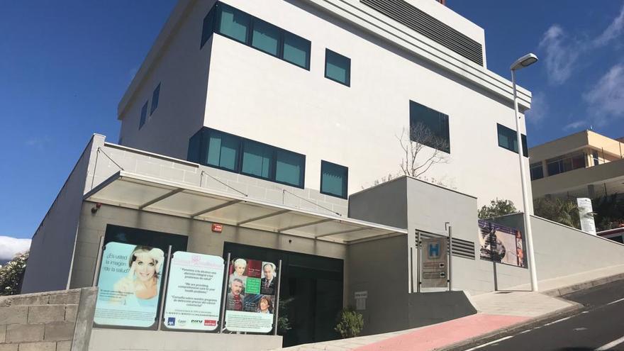 Edificio conocido como el Policlínico de Los Llanos de Aridane.