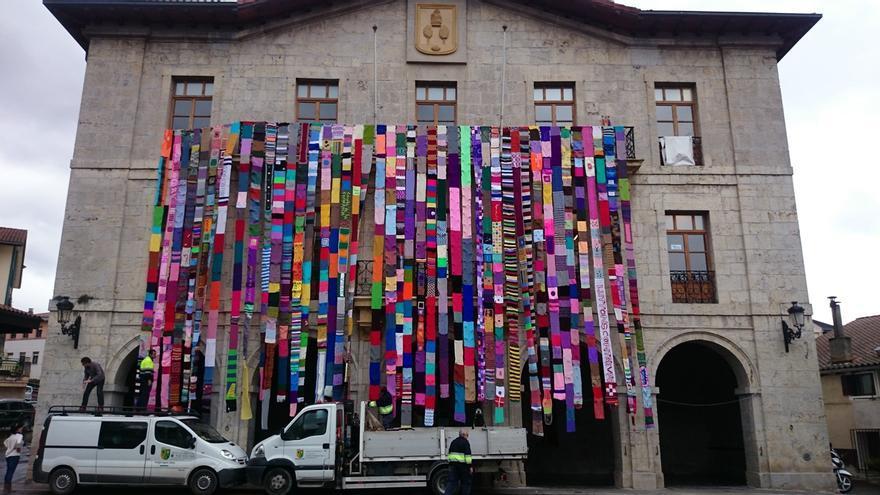 Astigarraga (Gipuzkoa) lucirá el sábado una bufanda de 500 metros contra la violencia de género