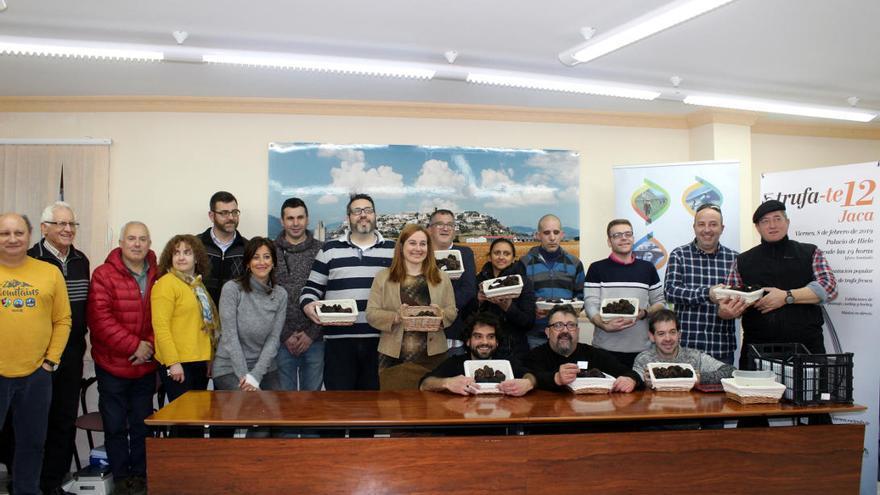 El pasado lunes, los 12 kilos de trufa se seleccionaron, pesaron y entregaron a los once restaurantes participantes en Trufa-te