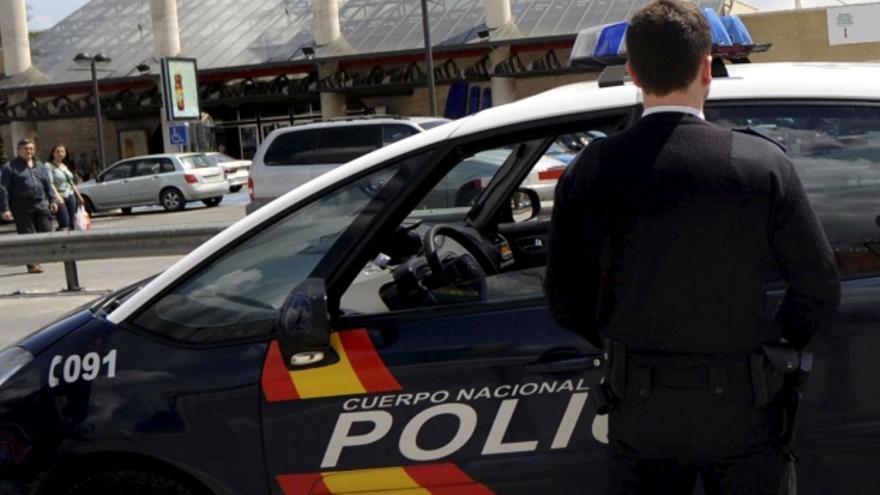 Un coche patrulla de la Policía Nacional./ EFE