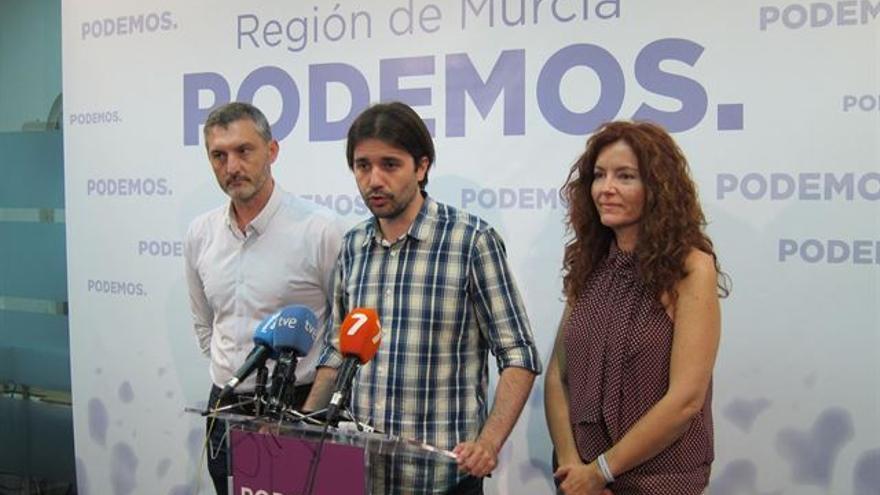 Óscar Urralburu, Javier Sánchez Serna y Mª Ángeles García Navarro, dirigentes de Podemos en la Región de Murcia