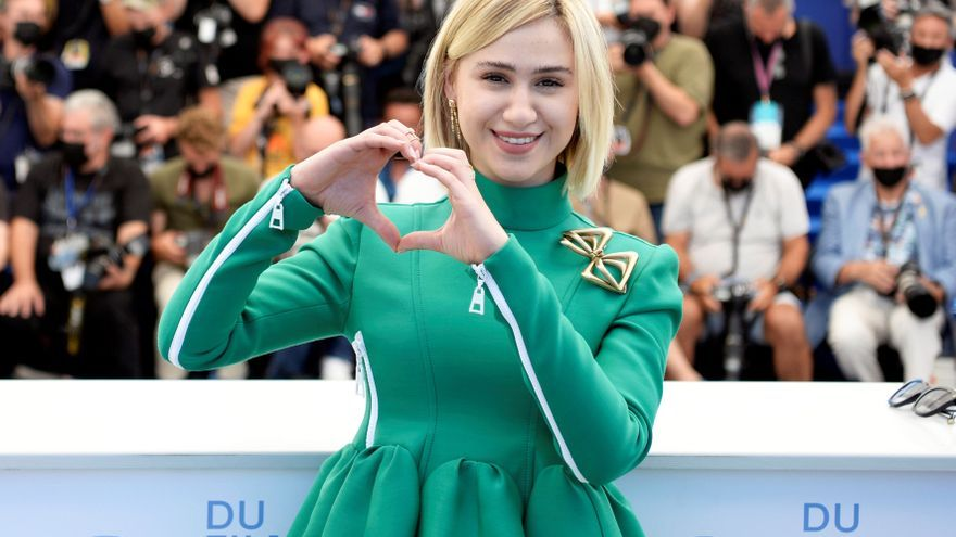 """Maria Bakalova, de Hollywood con """"Borat"""" a Cannes con """"Women do cry"""""""