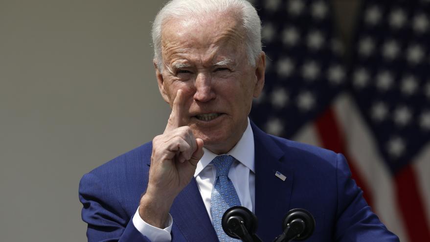 """Biden exige atajar la violencia armada en EE.UU., una """"vergüenza internacional"""""""