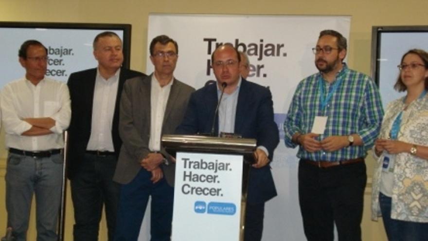 Comparecencia del PP murciano en el hotel 7 Coronas de Murcia tras el 24-M / BM