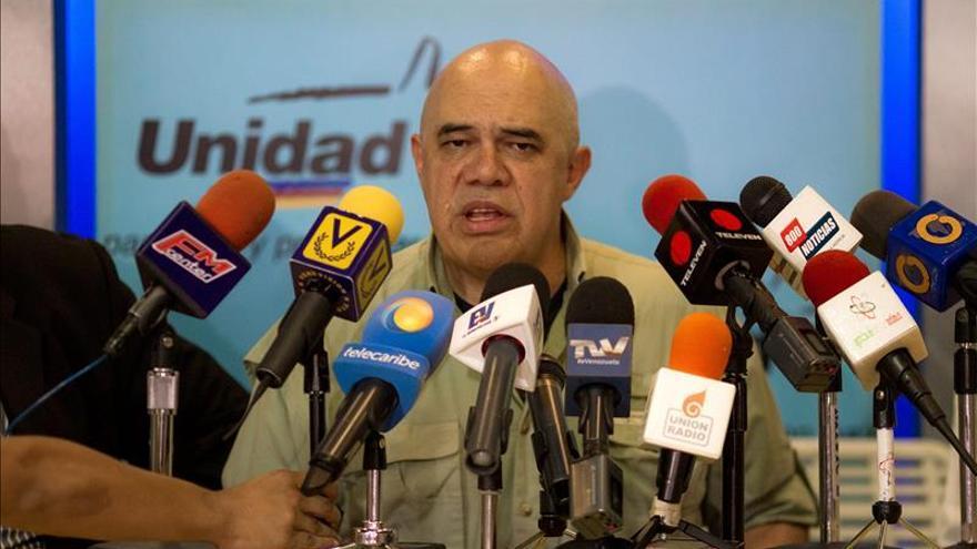 """La oposición rechaza las acusaciones de """"cantar fraude"""" en las legislativas venezolanas"""