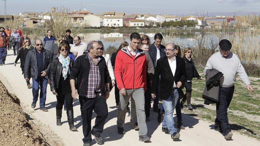 """El Gobierno acusa a Pedro Sánchez de usar la """"desgracia"""" de las inundaciones del Ebro para """"desgastar"""" a Rajoy"""