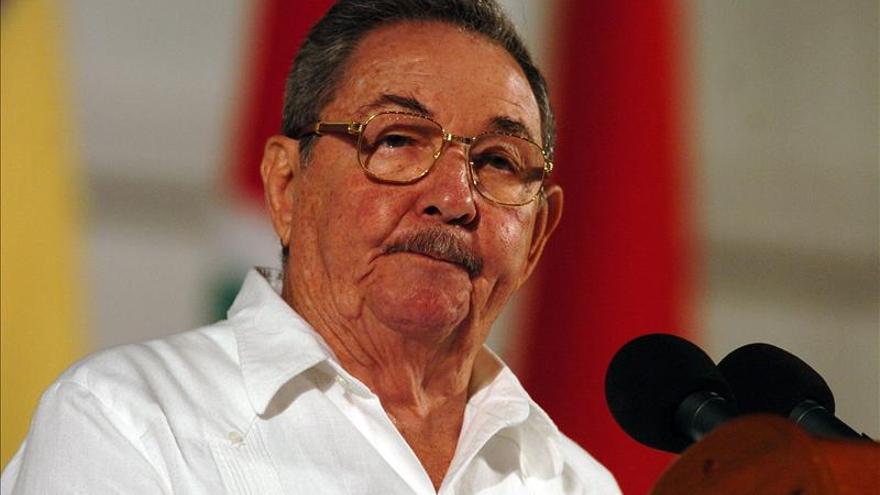 Raúl Castro recibe al embajador de Brasil que termina su misión en Cuba